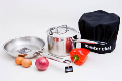 Stainless steel pots and pans - In & Out at Mogo